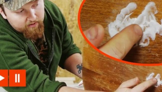Dentifricio sul legno? Quest'uomo è un vero genio!